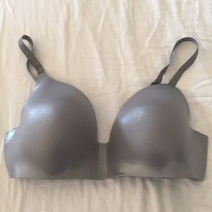 NWOT Victoria's Secret Wireless Bra